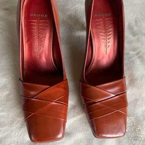 Bronx Cognac New Heels